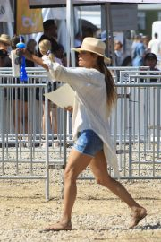 Halle Berry - Arrives at the Malibu Chili Cookoff in Malibu