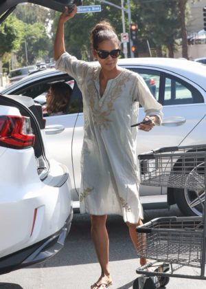 Halle Berry at Bristol Farms in Los Angeles