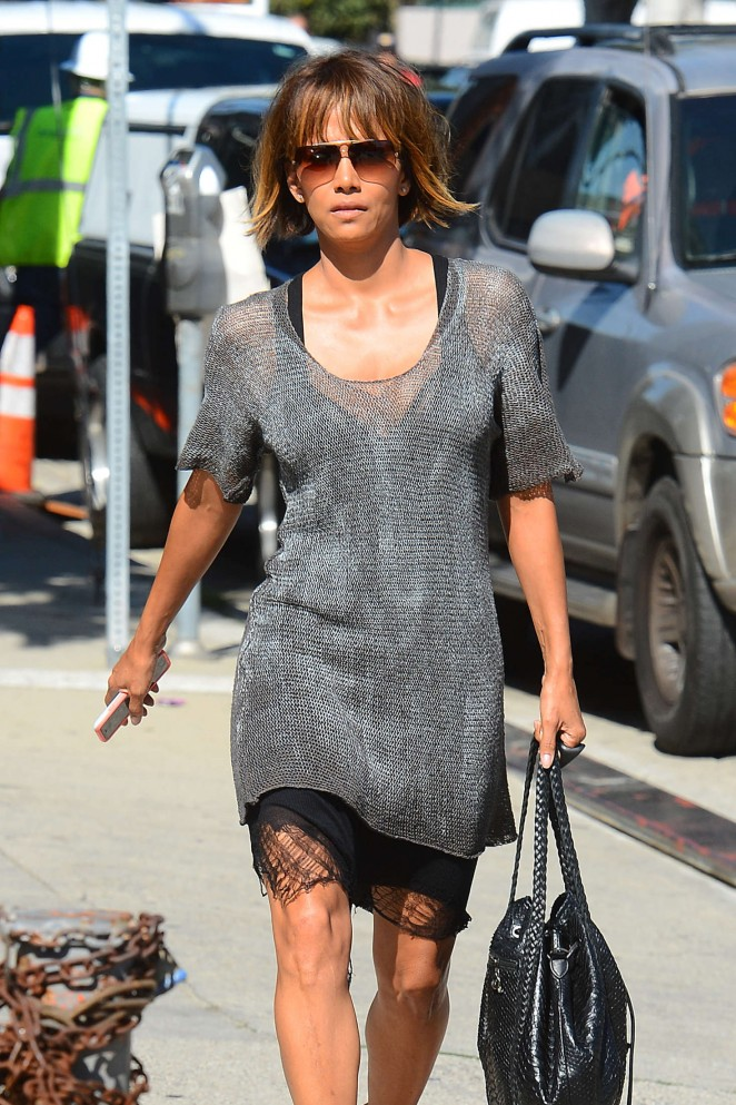 Halle Berry at Gracias Madre in Los Angeles