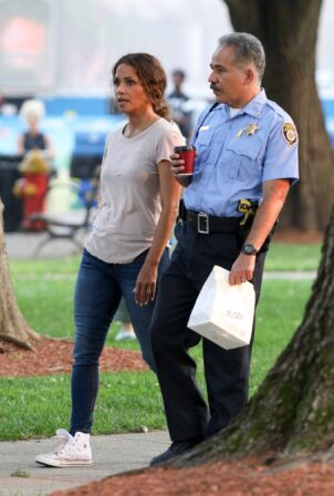 Halle Berry - Is all smiles on the set of The Mothership in Norwood