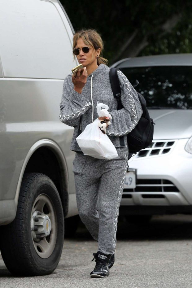 Halle Berry - Leaves her workout in Los Angeles