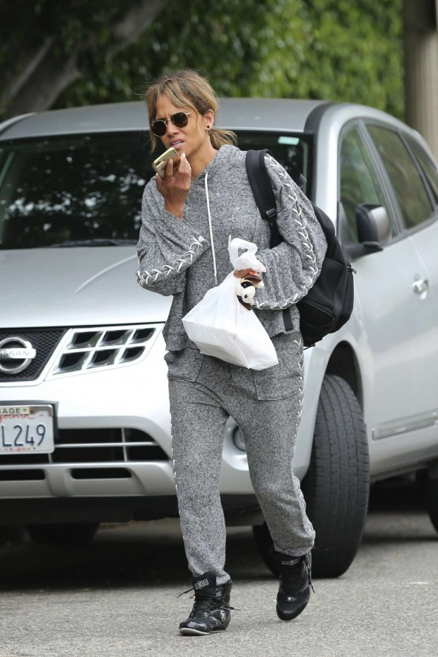Halle Berry: Leaves her workout in Los Angeles-11