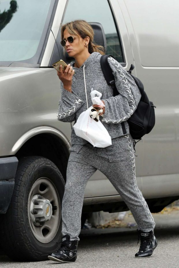 Halle Berry: Leaves her workout in Los Angeles-12