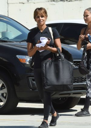 Halle Berry - Leaving a photoshoot in Los Angeles