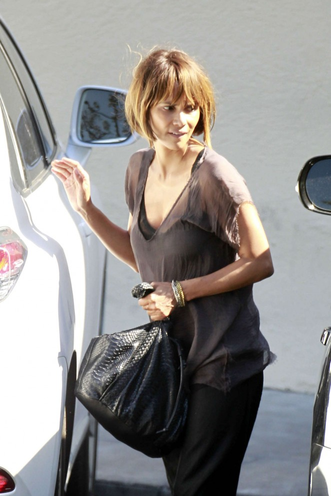 Halle Berry - Leaving Cafe Med in West Hollywood