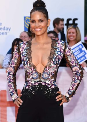 Halle Berry - Looking Hot at Kings premiere at the 2017 Toronto IFF