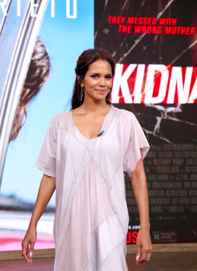 Halle Berry on Despierta America in New York
