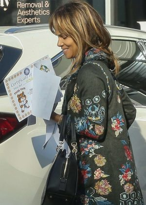 Halle Berry - Out in Beverly Hills