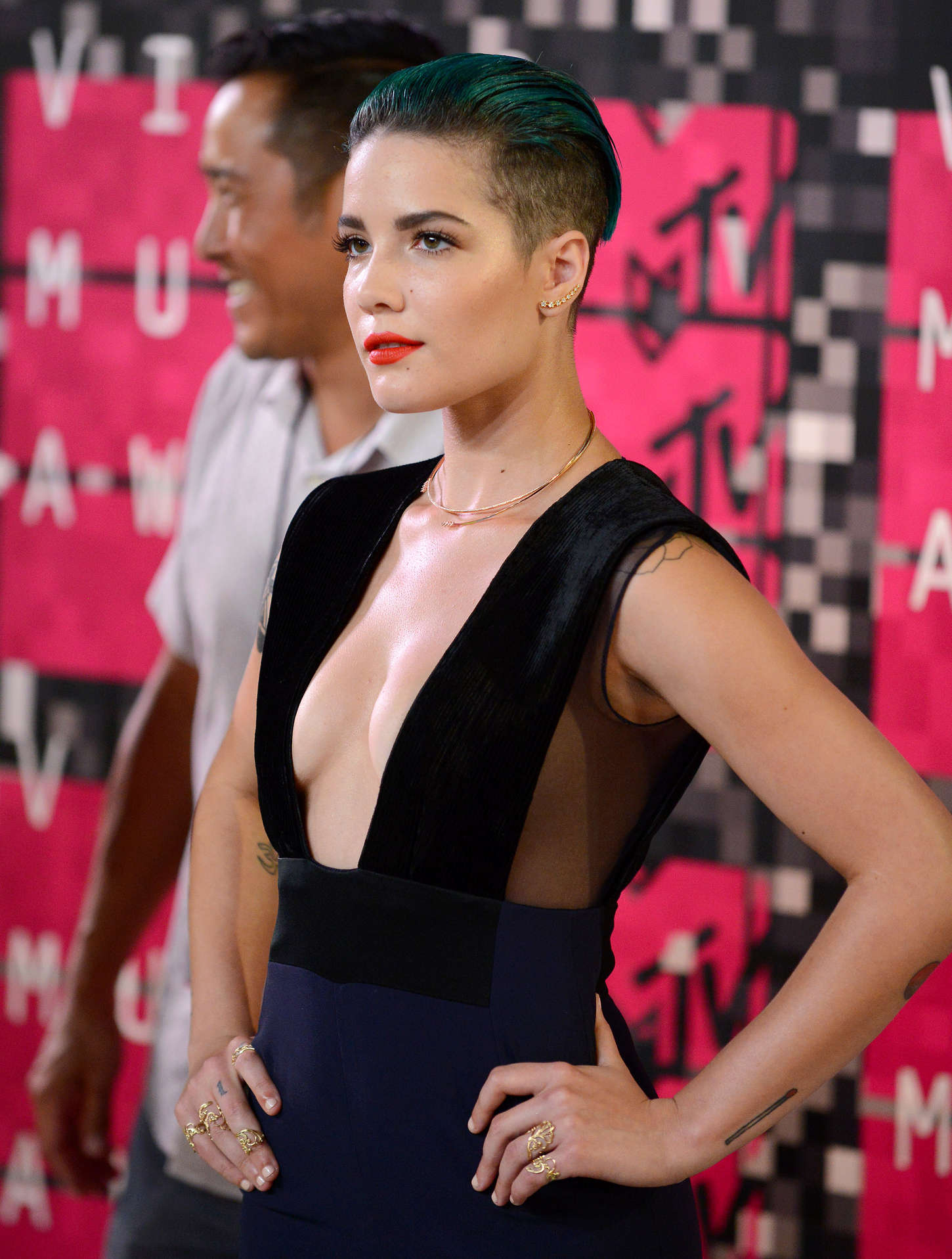 Halsey - 2015 MTV Video Music Awards in LA