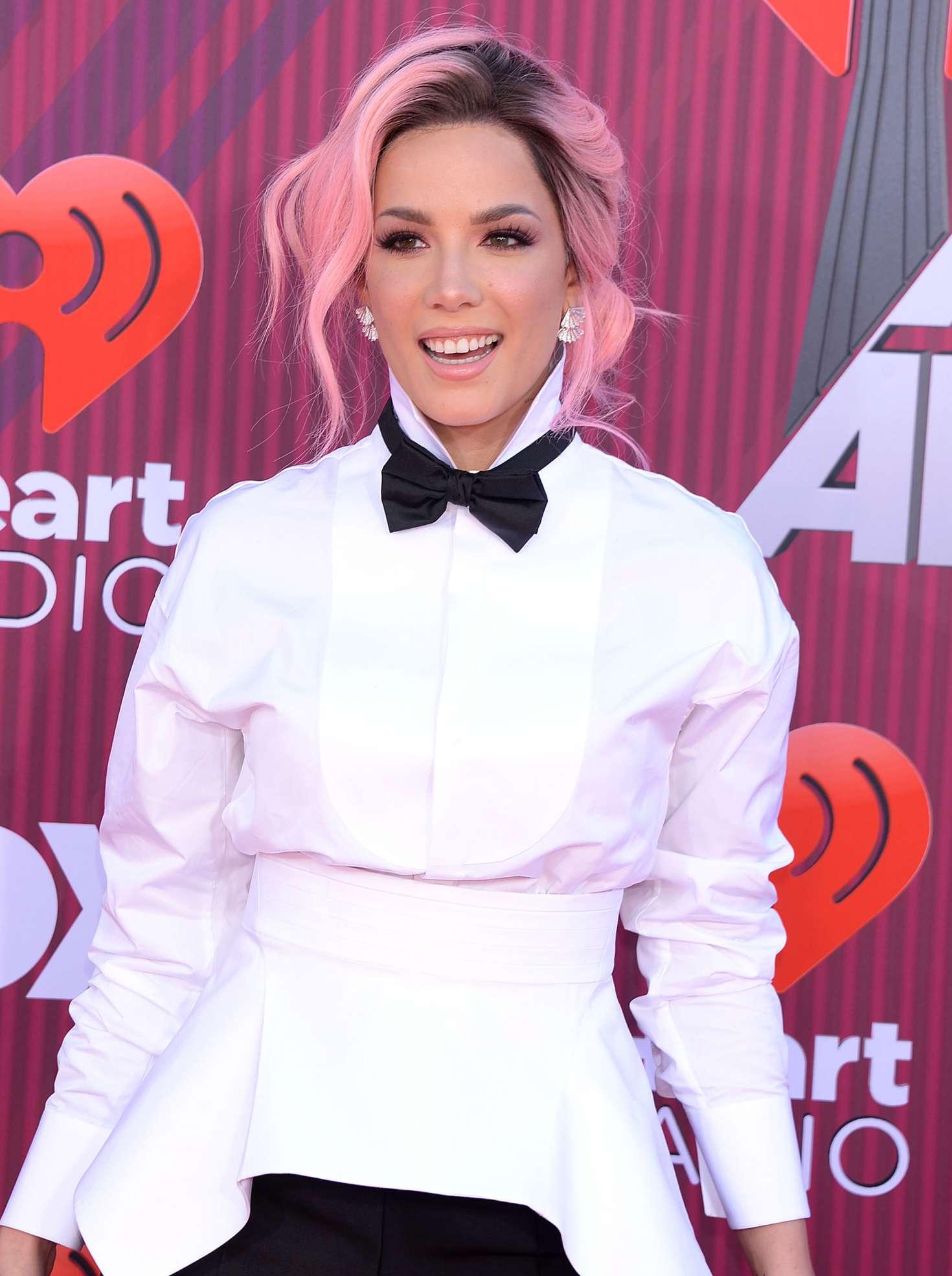 Halsey 2019 : Halsey: 2019 iHeartRadio Music Awards -04