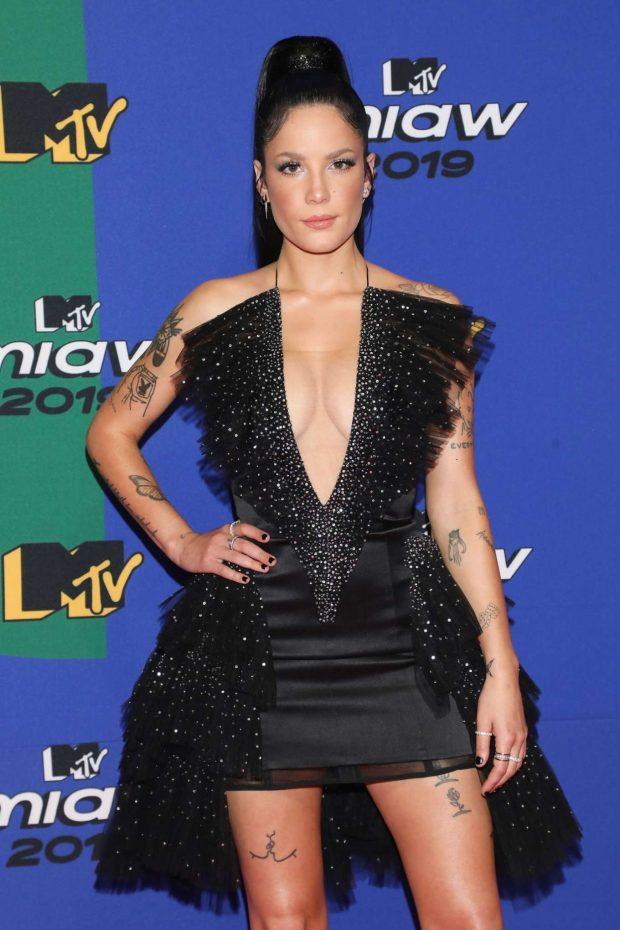 Halsey - 2019 MTV MIAW Awards in Mexico City