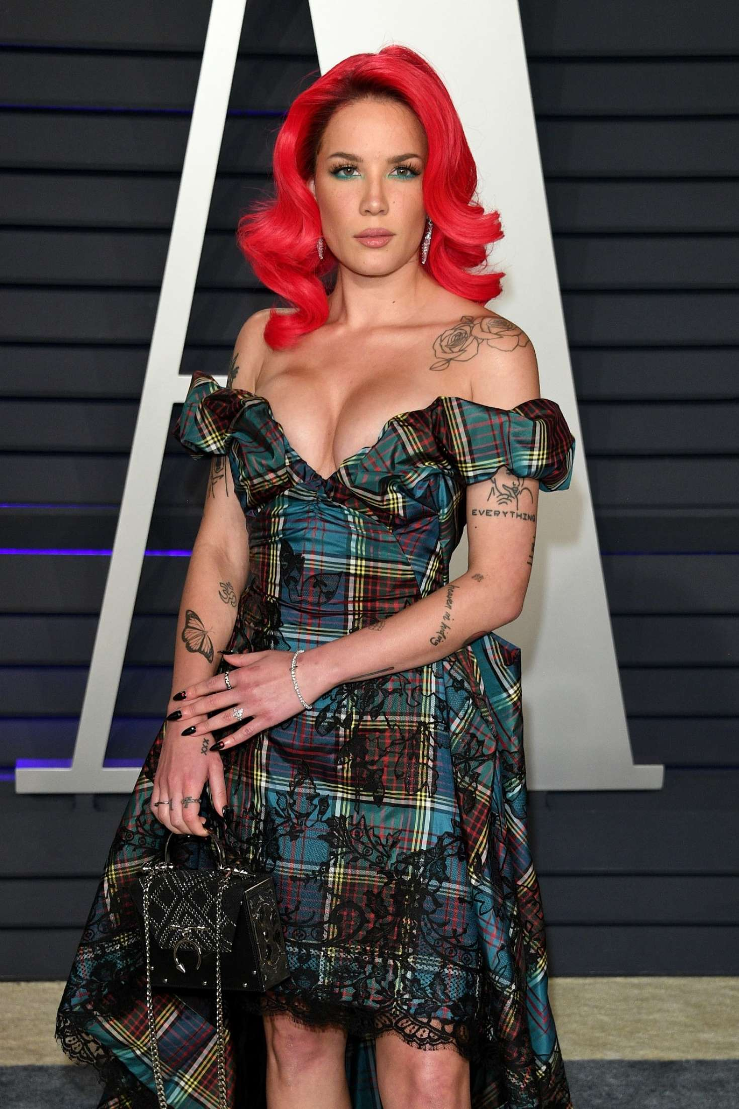 Halsey - 2019 Vanity Fair Oscar Party in Beverly Hills