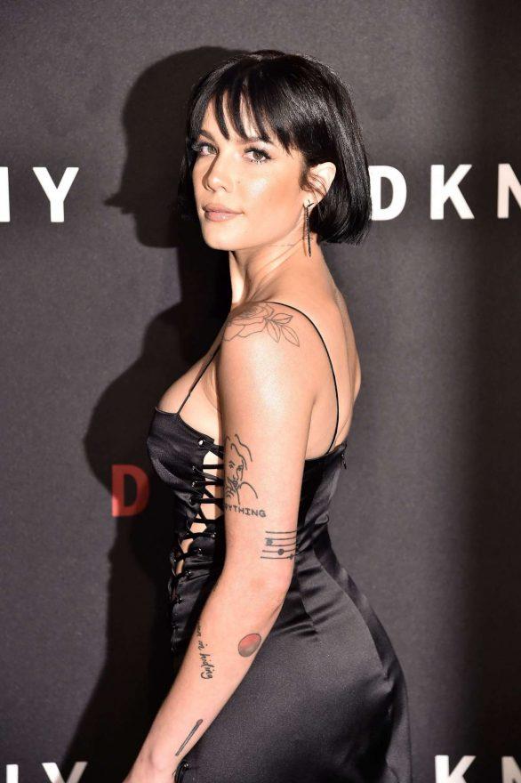 Halsey 2019 : Halsey – 30th anniversary of DKNY Party-04