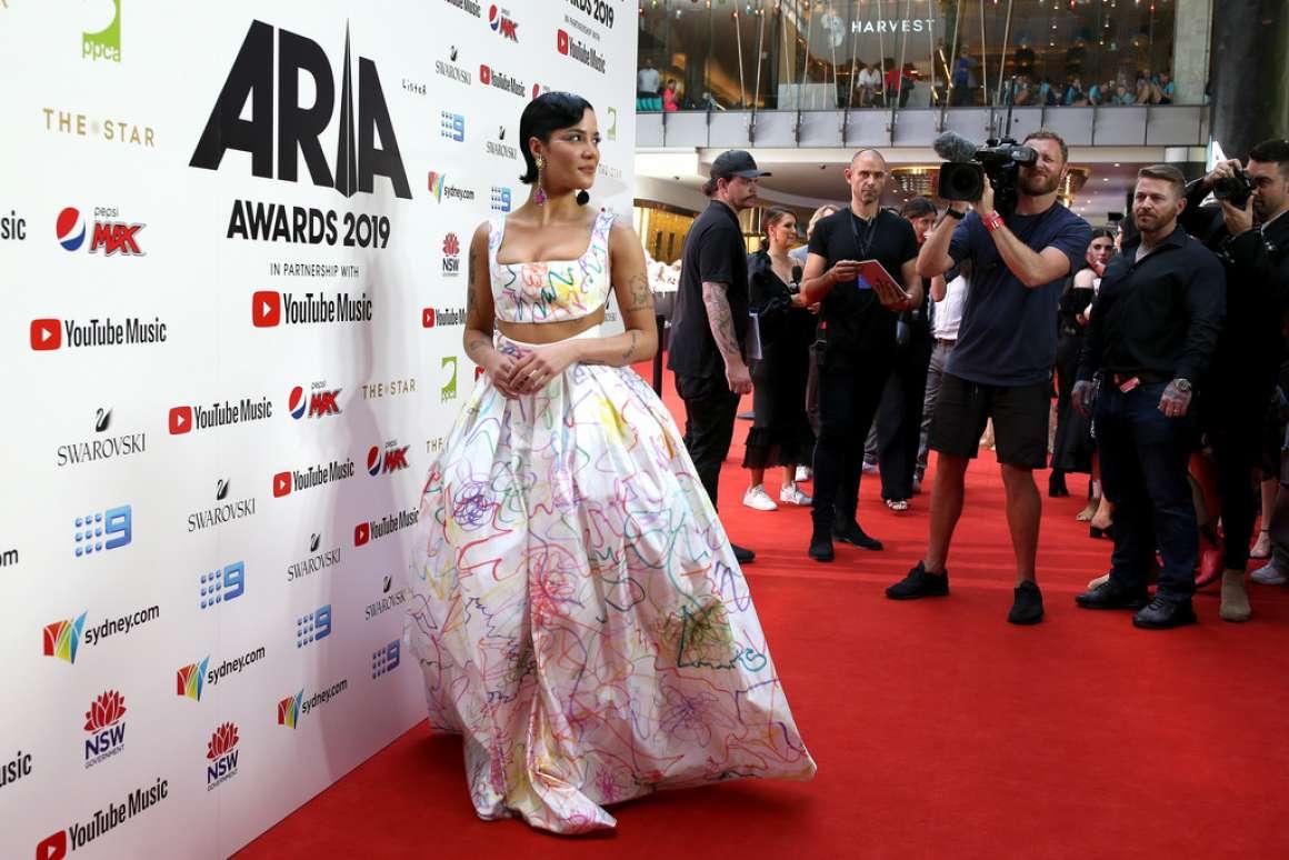 Halsey 2019 : Halsey – ARIA Awards 2019 in Sydney-08