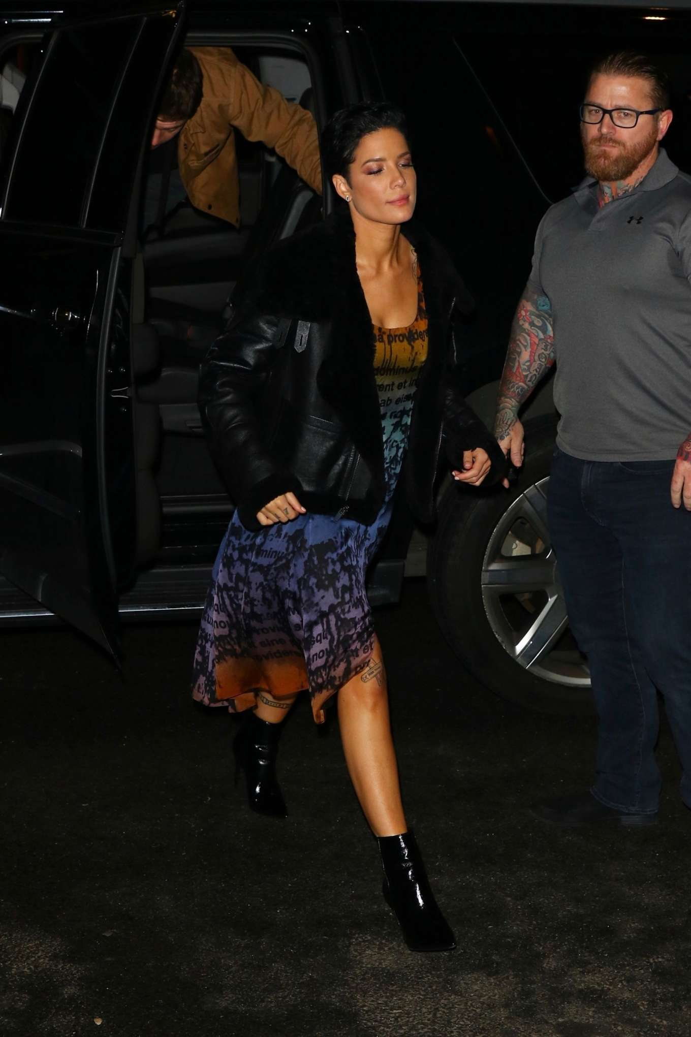 Halsey 2020 : Halsey – Arrives at the SNL After Party in New York-08