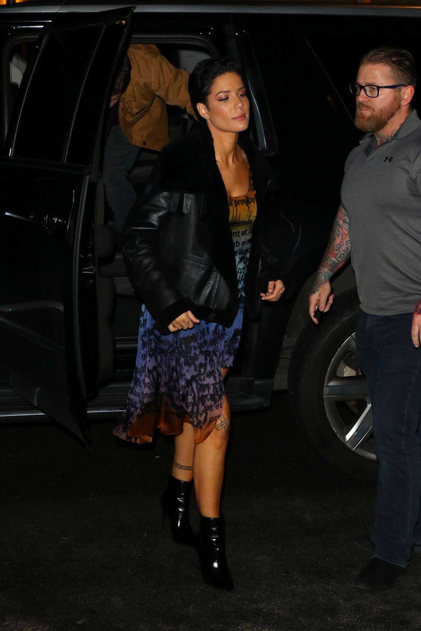 Halsey 2020 : Halsey – Arrives at the SNL After Party in New York-10