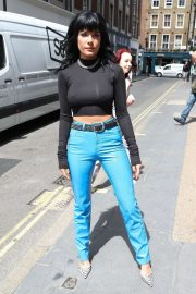 Halsey - Arriving at KISS FM studios in London