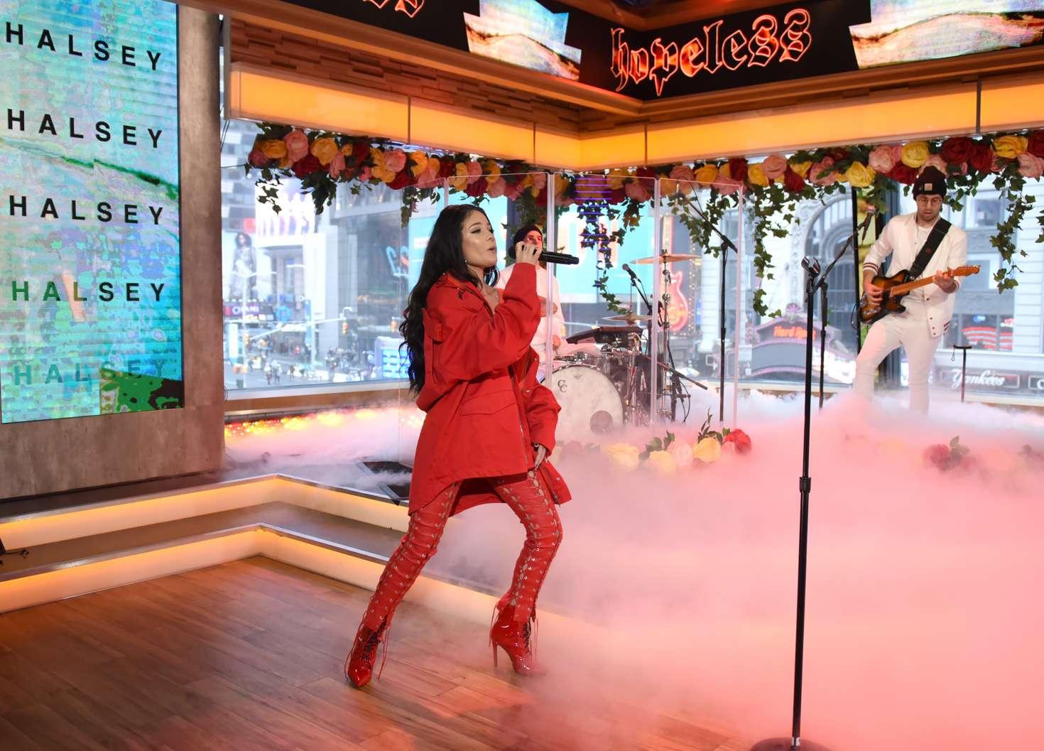 Halsey 2017 : Halsey at Good Morning America -08