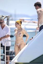 Halsey - In bikini enjoys the sunny Gold Coast on Jetski in Australia