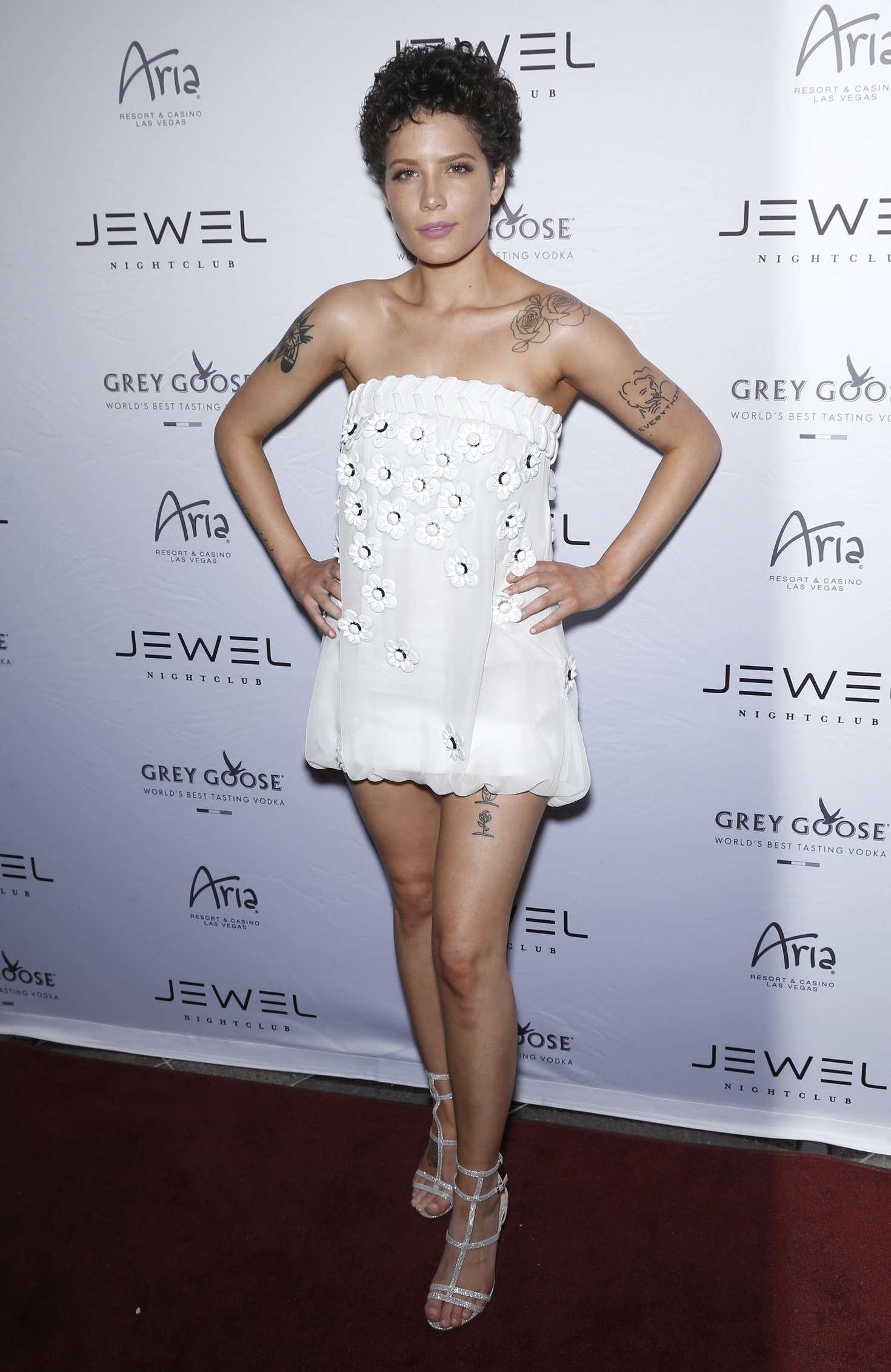 Halsey - Jewel Nightclub Grand Opening Weekend in Las Vegas