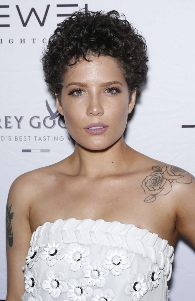Halsey: Jewel Nightclub Grand Opening Weekend -04