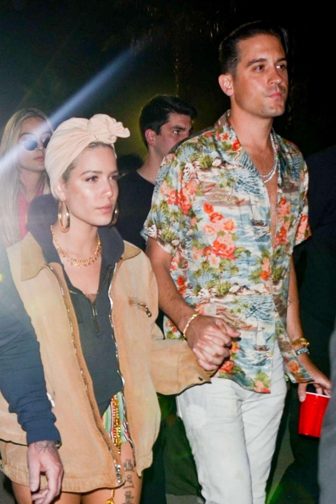 Halsey 2018 : Halsey: Neon Carnival Party at 2018 Coachella -02