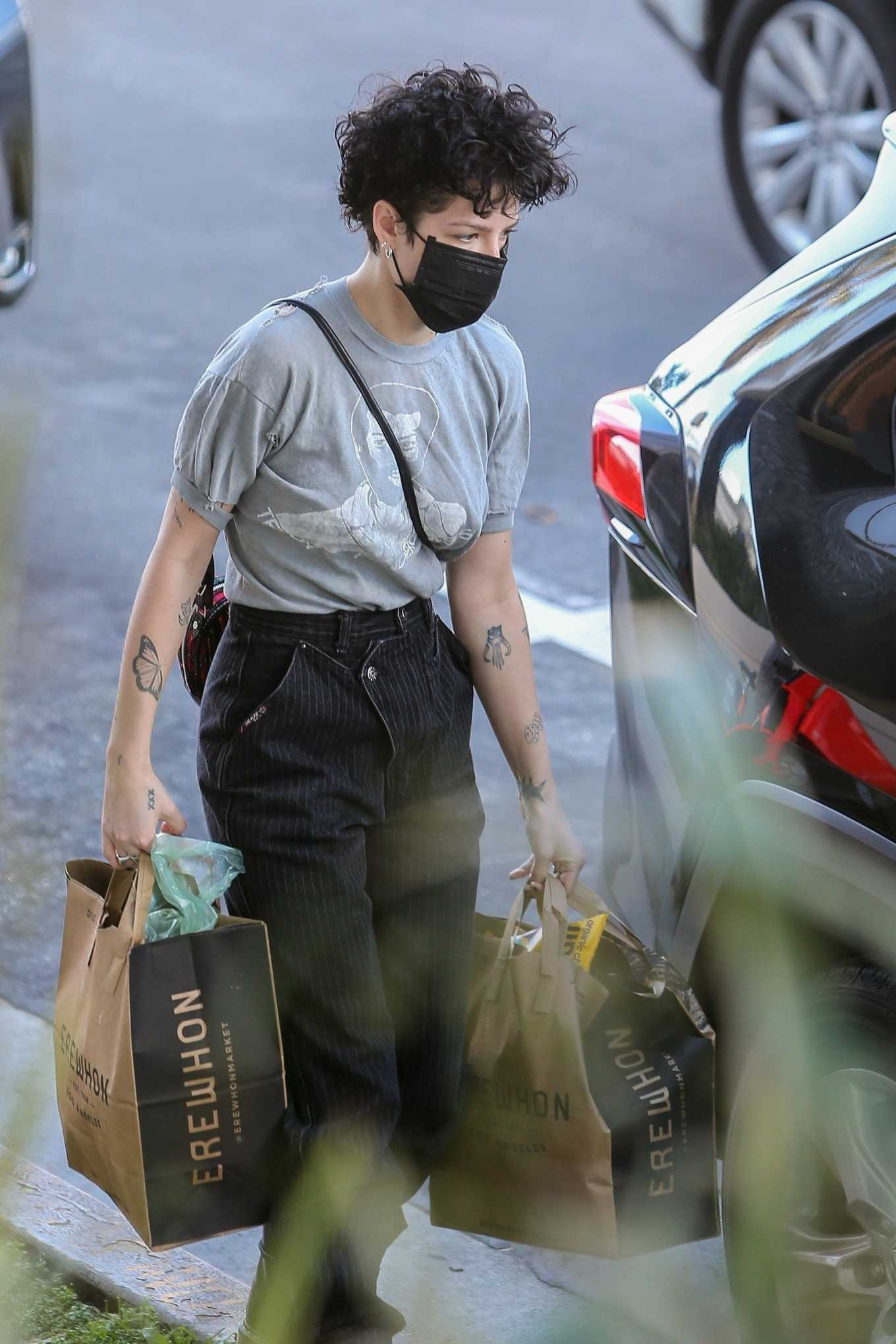 Halsey 2020 : Halsey – Shopping at Erewhon Market in Los Angeles-06