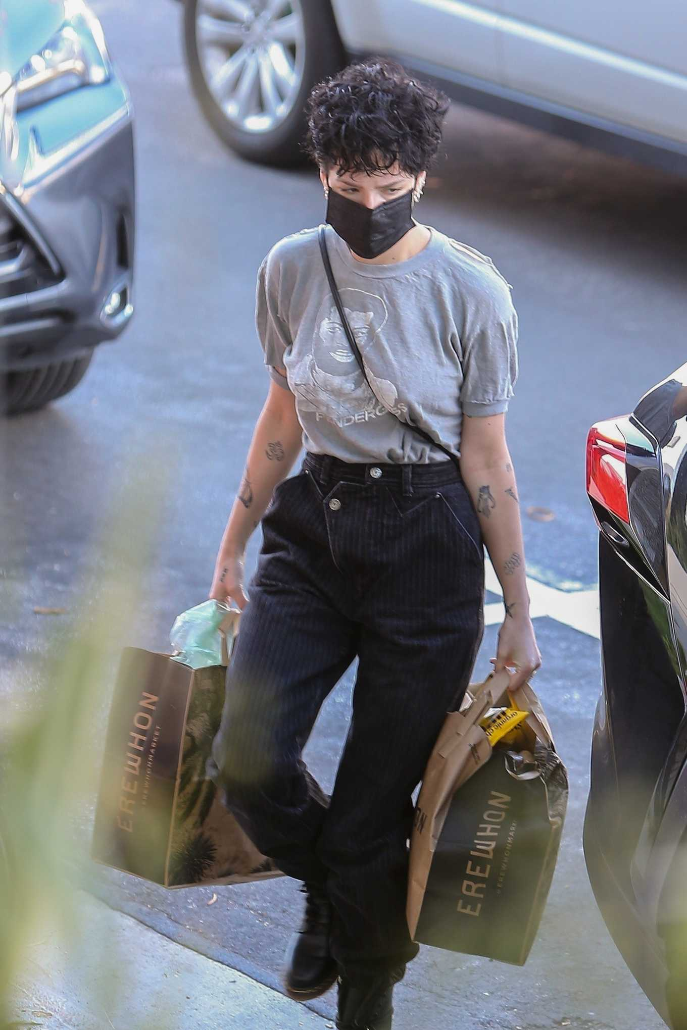 Halsey 2020 : Halsey – Shopping at Erewhon Market in Los Angeles-08