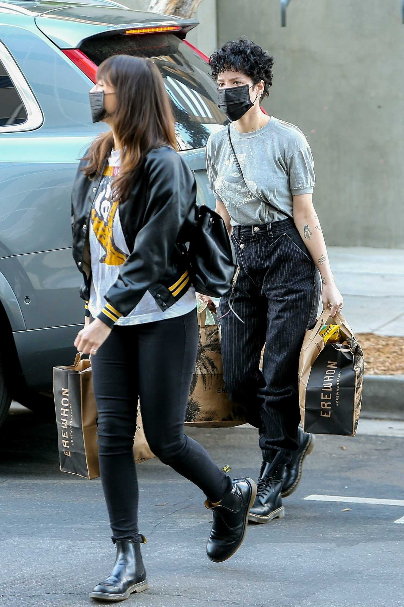 Halsey 2020 : Halsey – Shopping at Erewhon Market in Los Angeles-10