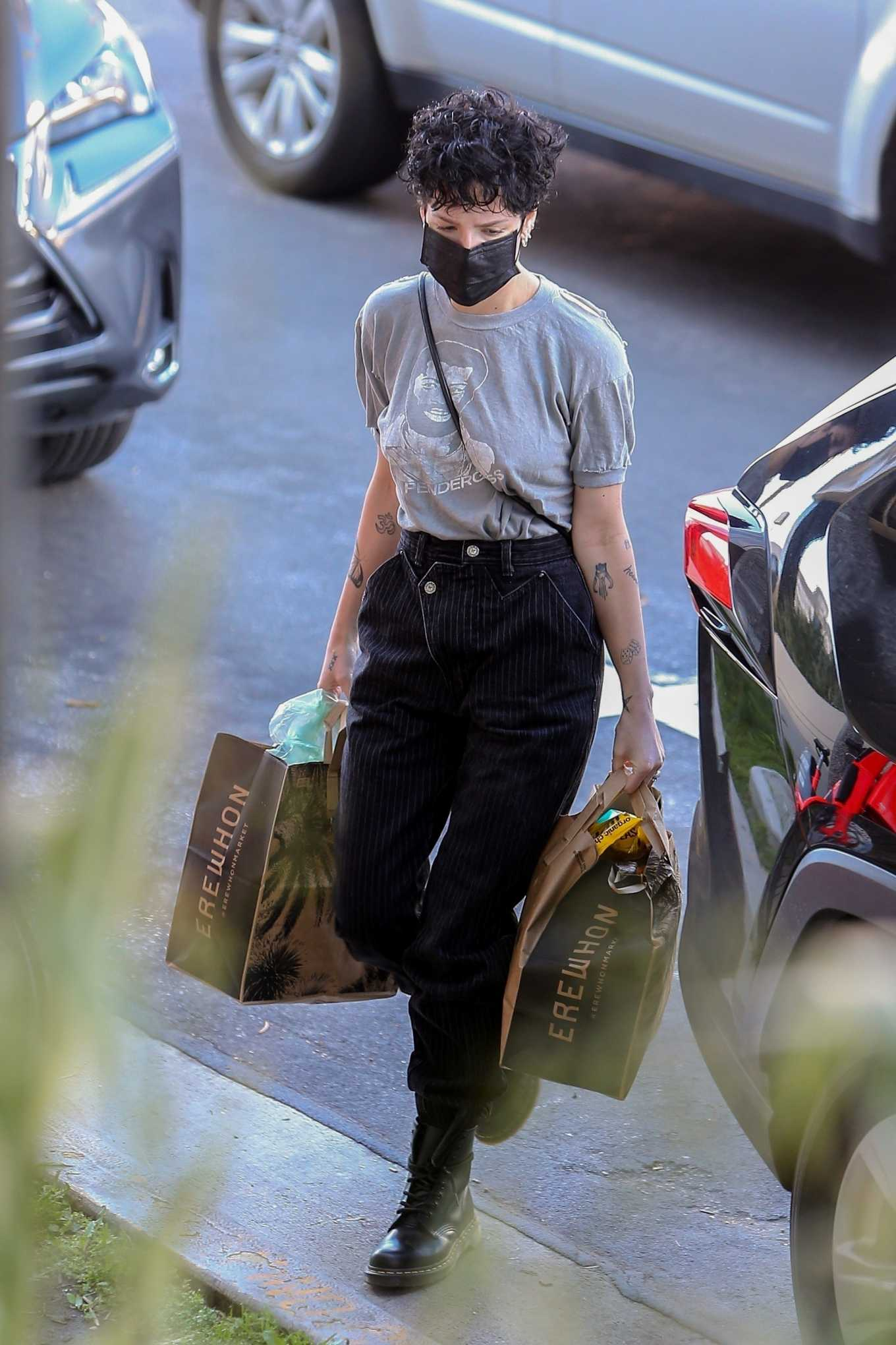 Halsey 2020 : Halsey – Shopping at Erewhon Market in Los Angeles-15