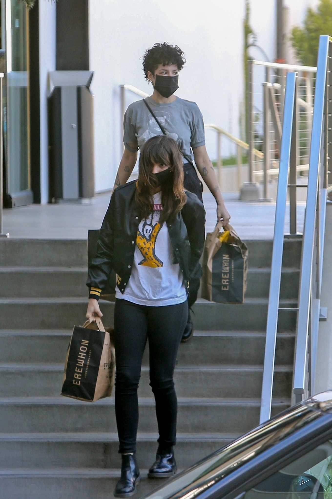 Halsey 2020 : Halsey – Shopping at Erewhon Market in Los Angeles-17