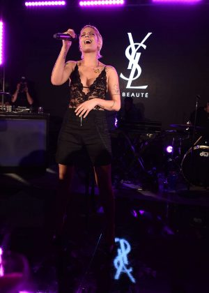 Halsey - YSL Beauty Festival featuring Halsey in Palm Springs