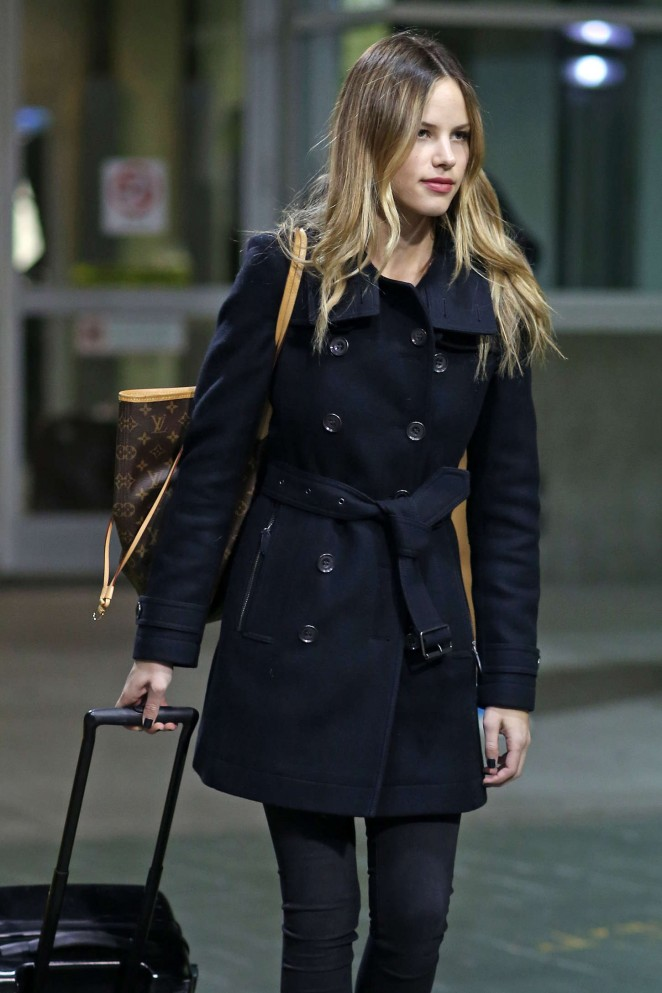 Halston Sage at Airport in Vancouver