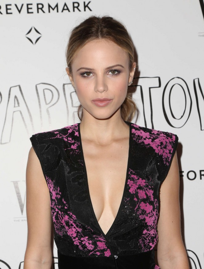 Halston Sage – 'Paper Towns' Screening in West Hollywood