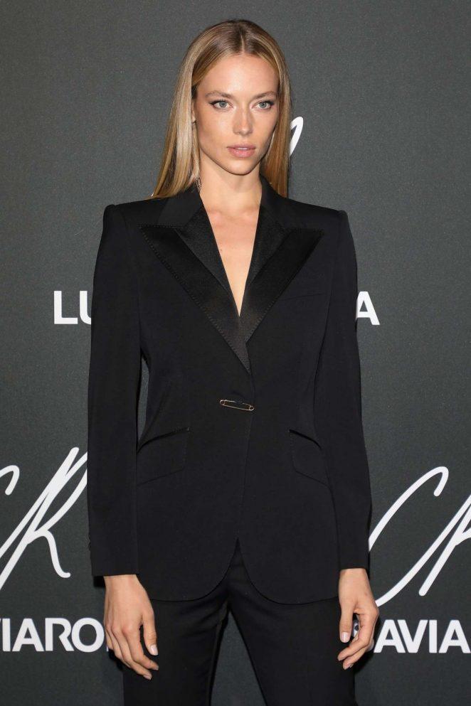 Hannah Ferguson – CR Fashion Book x Luisasaviaroma: Photocall in Paris