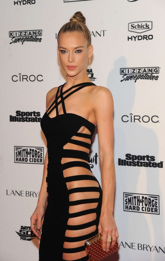 Hannah Ferguson - Sports Illustrated Celebrates Swimsuit 2016 VIP Red Carpet Event in NY