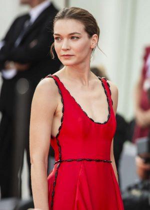 Hannah Gross - 'The Mountain' Premiere at 2018 Venice International Film Festival in Venice