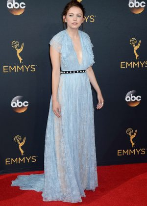 Hannah Murray - 2016 Emmy Awards in Los Angeles