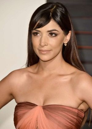 Hannah Simone - 2015 Vanity Fair Oscar Party in Hollywood