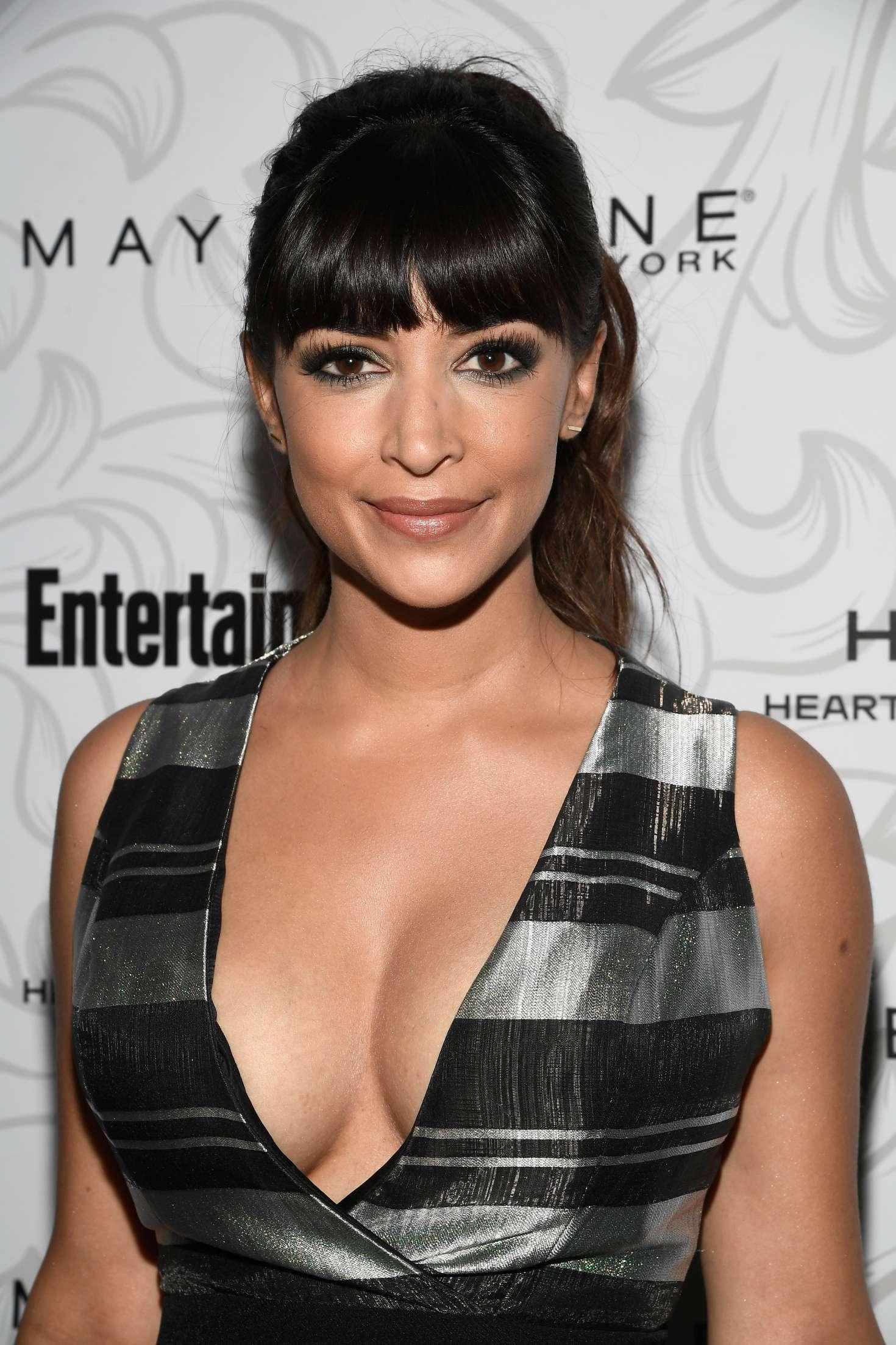Hannah Simone - Entertainment Weekly Celebration of SAG Award Nominees in Los Angeles