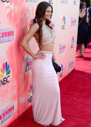 Hannah Stocking: 2015 iHeartRadio Music Awards -01