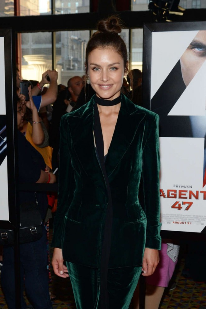 Hannah Ware – 'Hitman Agent 47' Premiere in NYC