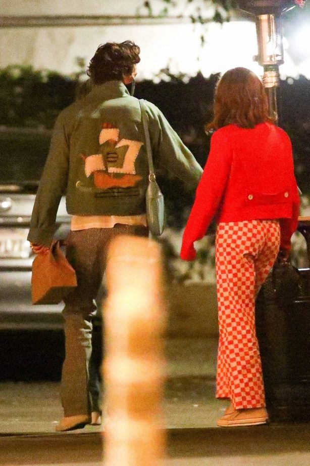 Harry Styles with Zoey Deutch - Seen after a dinner date in Los Angeles