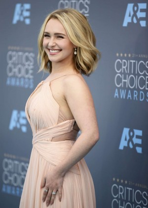 Hayden Panettiere – 21st Annual Critics' Choice Awards in Santa ...