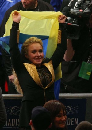 Hayden Panettiere at the Klitschko World Heavyweight Championship Fight in NY