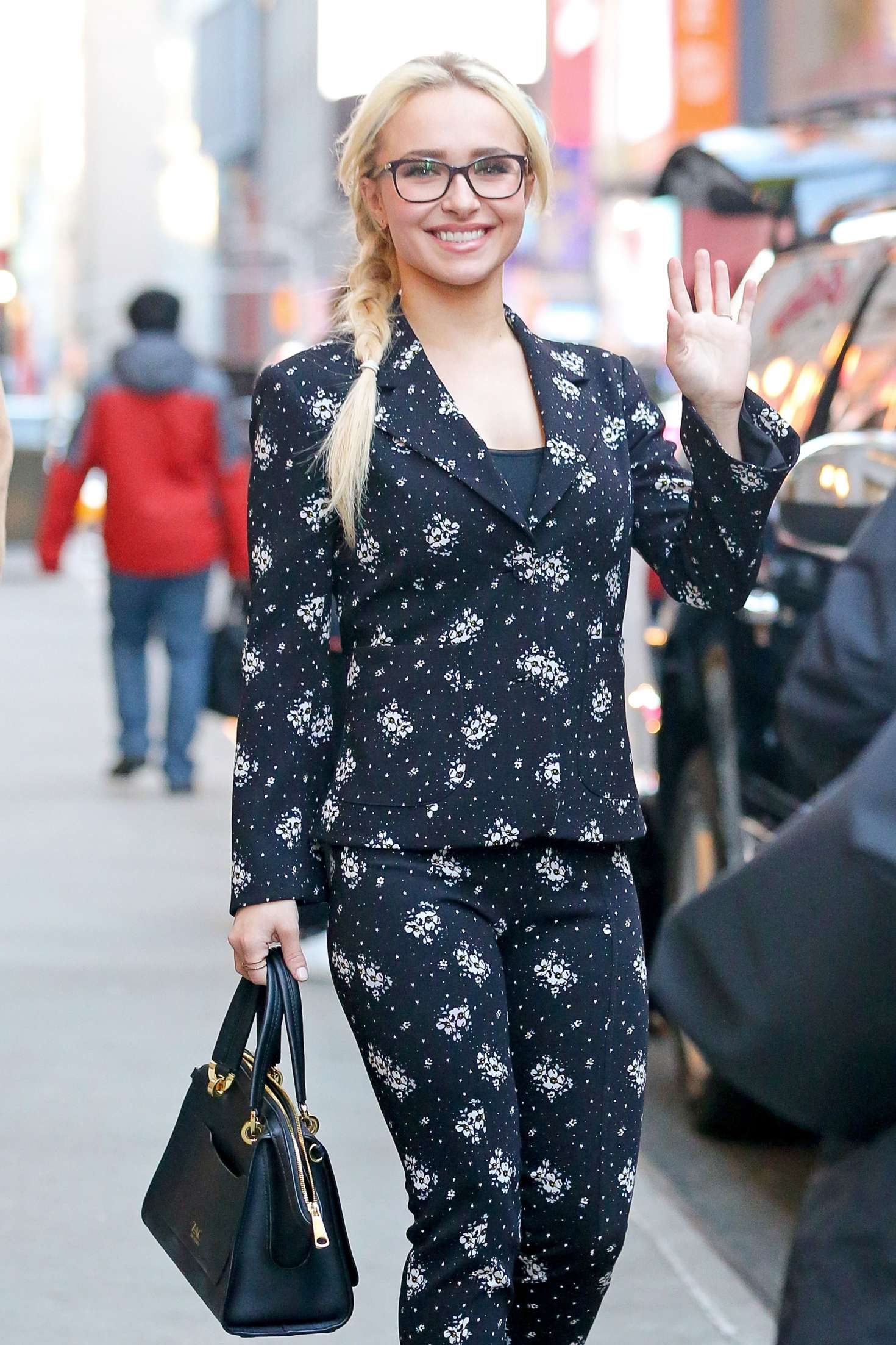 hayden panettiere out and about in new york city � gotceleb