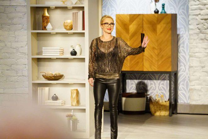 Hayden Panettiere - The Talk in Studio City