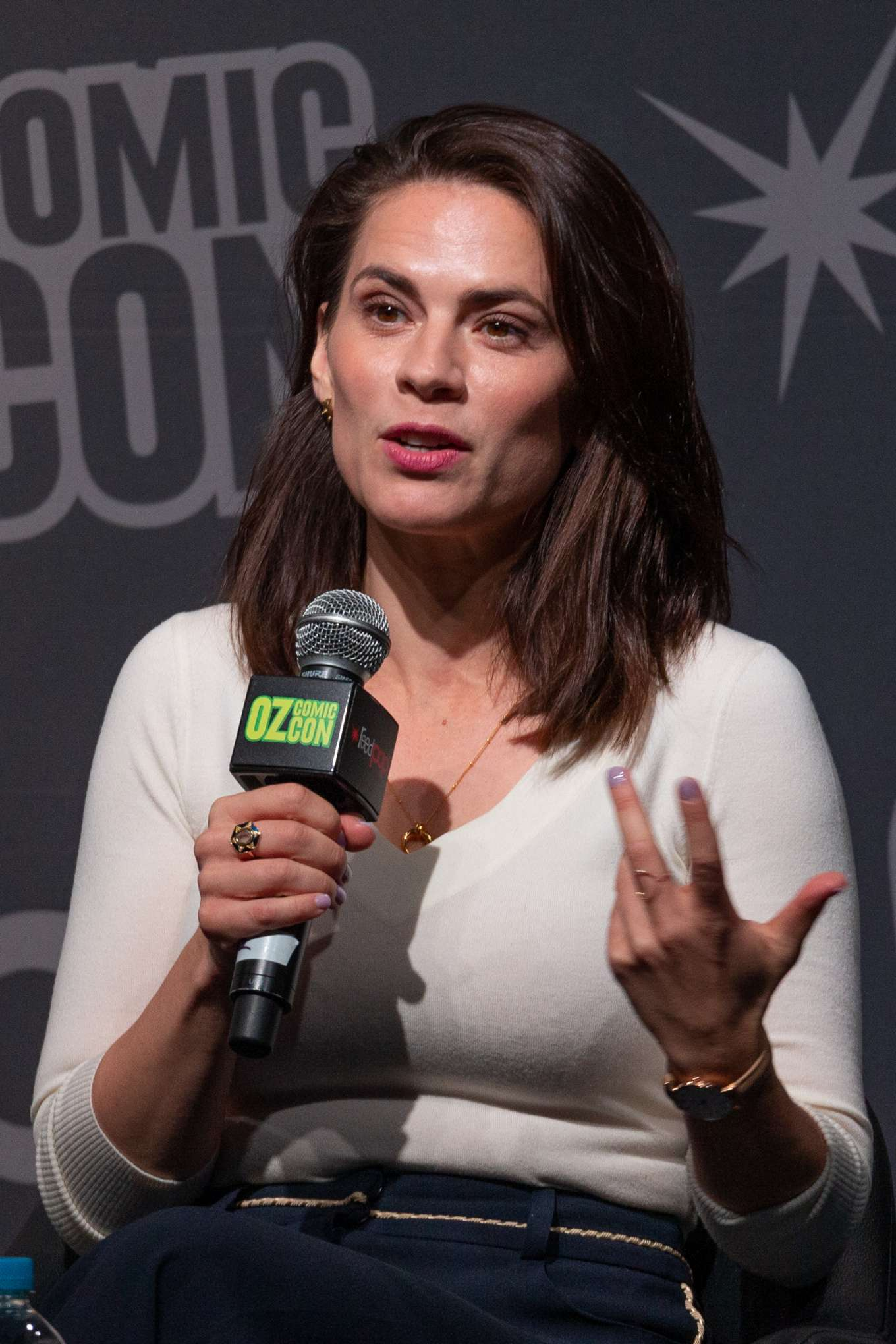 Hayley Atwell - Q&A with fans at Oz Comic-Con in Sydney