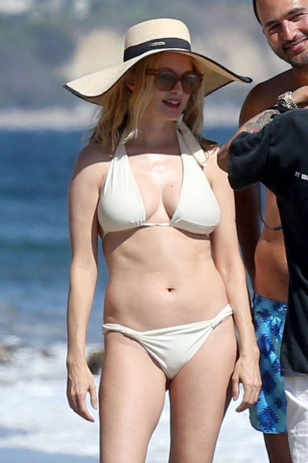 Heather Graham in Bikini on the beach in Malibu