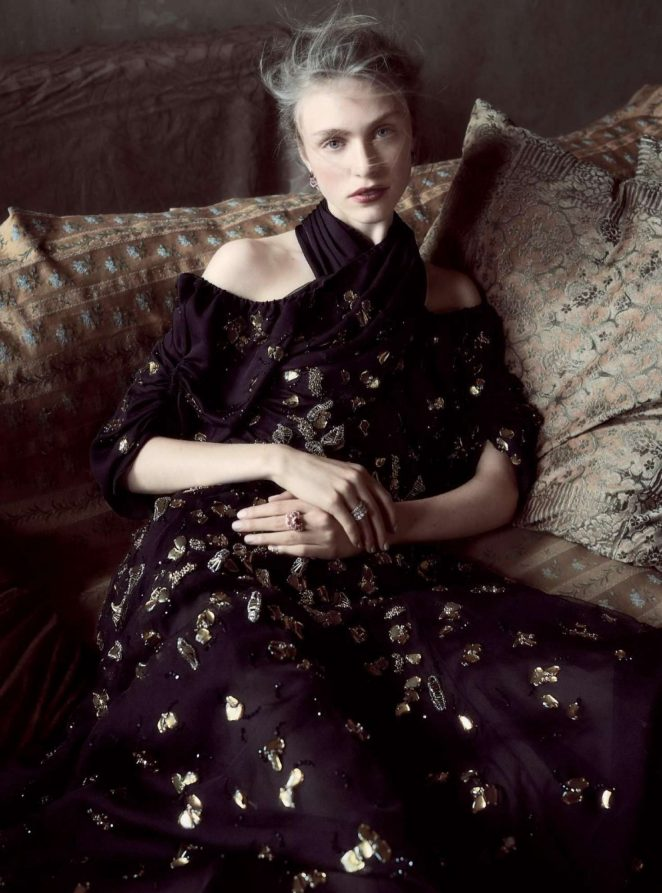 Hedvig Palm - Harpers Baazar UK Magazine (December 2016)